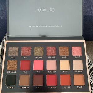 Focallure 18 Shades full function palette